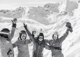 piste to powder girls off piste camp st anton lech zürs arlberg